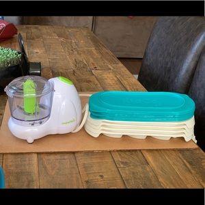 Munchkin baby food blender and storage
